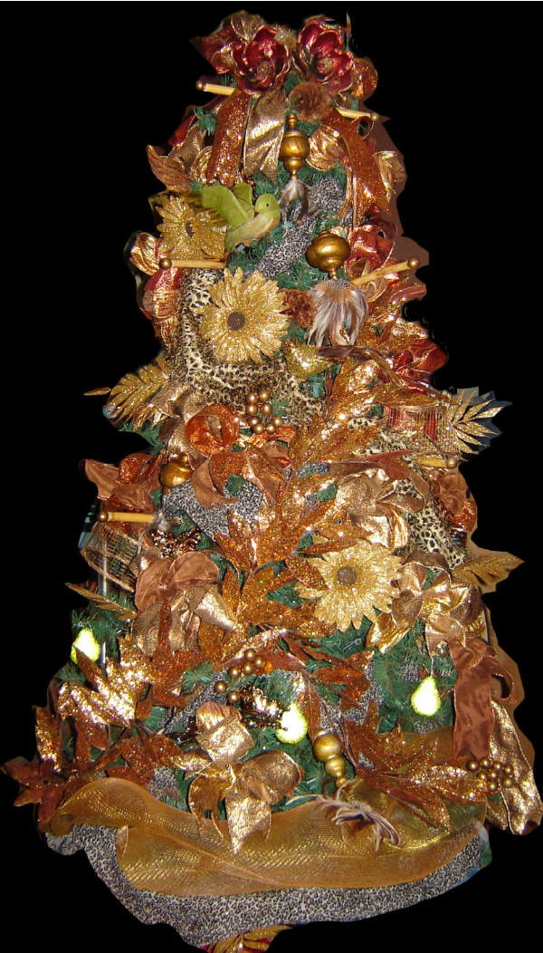 fully decorated royal safari theme christmas tree - Fully Decorated Christmas Tree